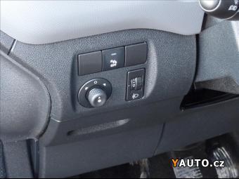 Prodám Peugeot Partner 1.6 HDI L2H1, tempomat, 3 mís