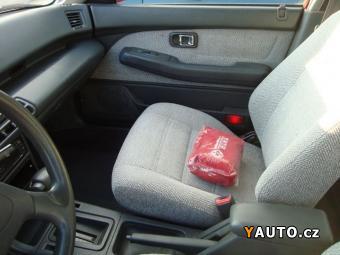 Prodám Daihatsu Applause 1,6 automat