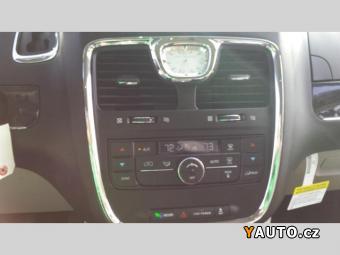 Prodám Chrysler Town & Country 2016 E85 FFV SKLADEM, plná zár