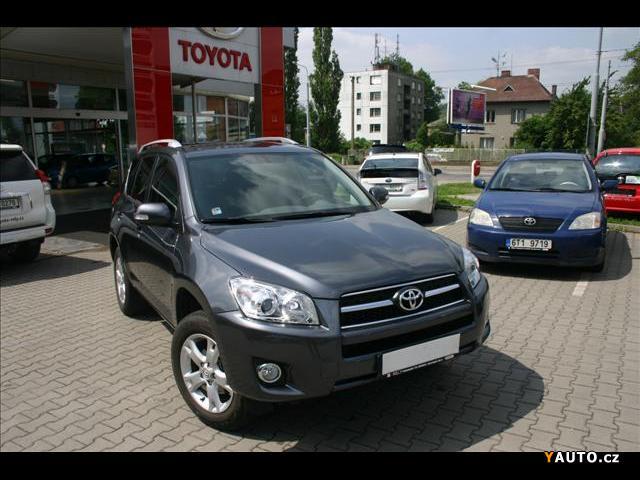 Prodám Toyota Rav4 2,0