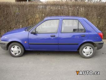 Prodám Mazda 121 1,3 LX