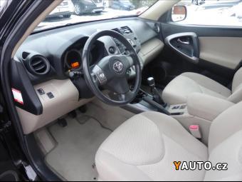 Prodám Toyota RAV4 2,2 D-4D