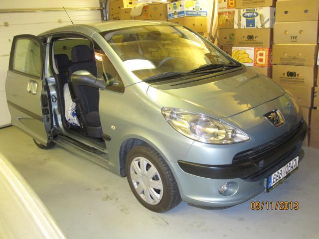 Prodám Peugeot 1007 1,  6i 16v nehavarované