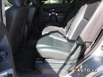 Prodám Volvo XC90 2,4 D5 AUT. MOMENTUM 1. MAJ. ČR