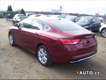 Prodám Chrysler 2,4 200