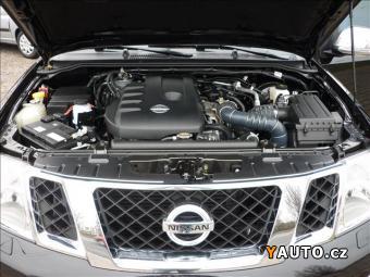 Prodám Nissan Navara 2.5 LE PLATINUM AUT MOD. 2012