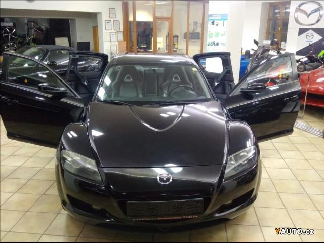 prod m mazda rx 8 1 3 revolution prodej mazda rx 8 osobn auta. Black Bedroom Furniture Sets. Home Design Ideas