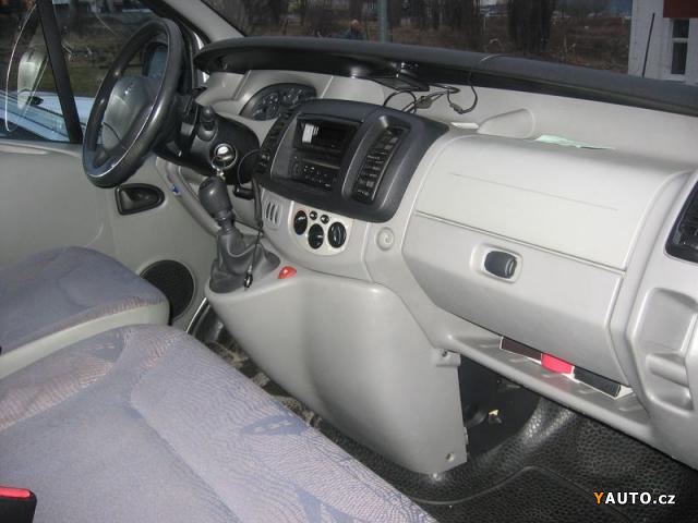 prod m renault trafic 1 9 dci 100 prodej renault trafic osobn auta. Black Bedroom Furniture Sets. Home Design Ideas