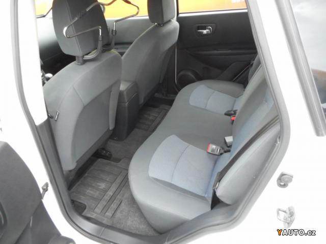 prod m nissan qashqai 1 6i visia zad no prodej nissan qashqai osobn auta. Black Bedroom Furniture Sets. Home Design Ideas