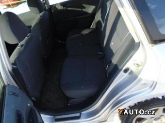 Prodám Honda Civic 1.6 VTEC + druhá sada kol