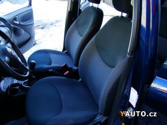 Prodám Toyota Yaris 1.4 D-4D Servisní knížka