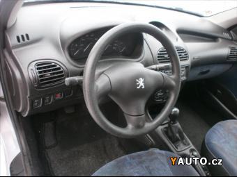 Prodám Peugeot 206 1,4 i KLIMA NOVÁ STK