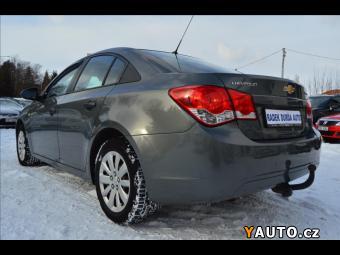 Prodám Chevrolet Cruze 1,6 i 16V 1. maj., ČR, servisk
