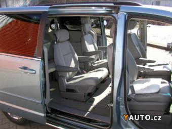 Prodám Chrysler Town & Country 3.8 LPG