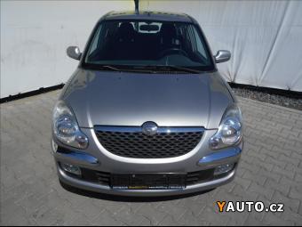 Prodám Daihatsu Sirion 1,3 i 4x4 *KLIMA*