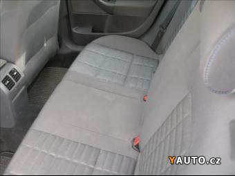 Prodám Volkswagen Golf 1,6, LPG, SERVISKA
