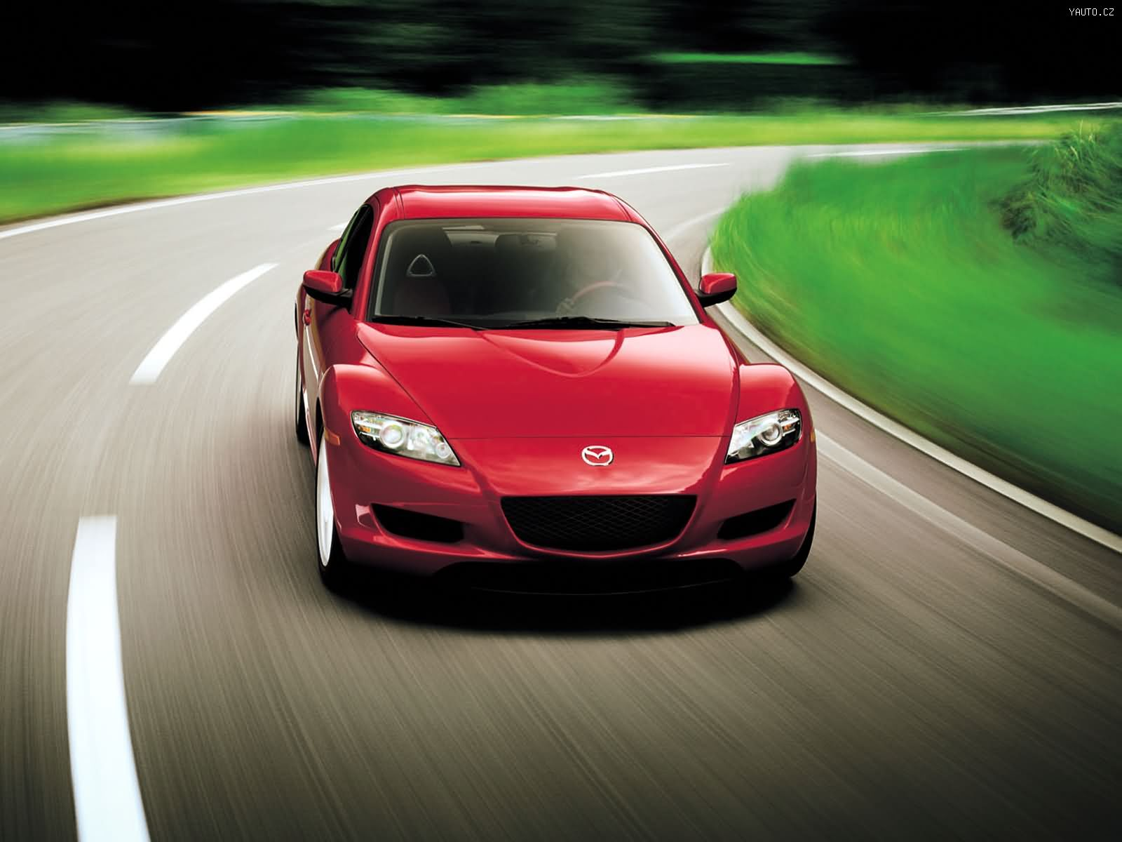 красный спортивный автомобиль mazda 6  № 990354 загрузить