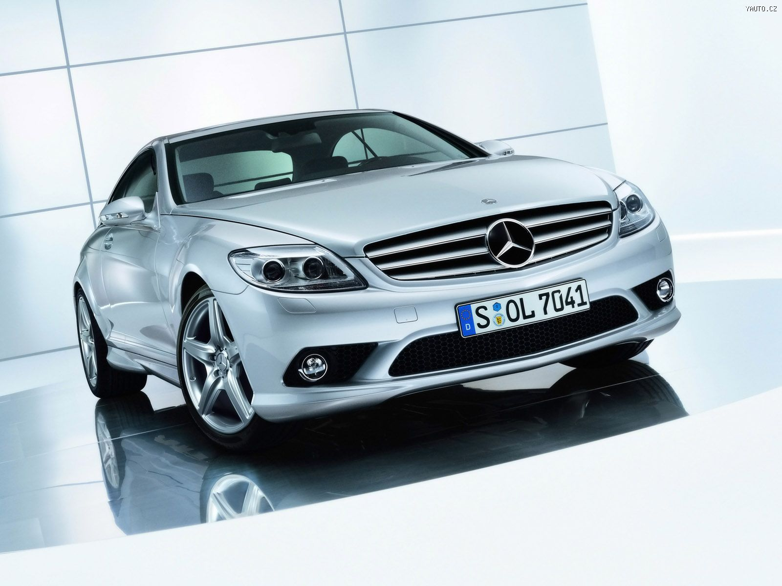 http://img.yauto.cz/tapety/Mercedes_Benz_CL_500_2006_2.jpg