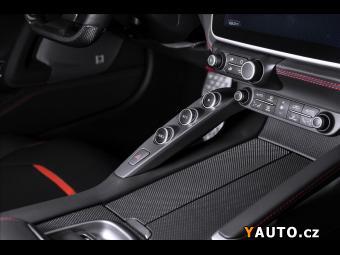 Prodám Ferrari GTC4Lusso, lift, JBL, panorama