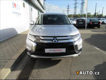 Prodám Mitsubishi Outlander 2.2 Di-D 6AT Intense+ 4WD AKCE