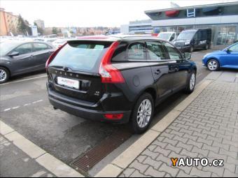 Prodám Volvo XC60 2,4 D5 Summum 6MT AWD AKCE