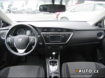 Prodám Toyota Auris 1,6 i AT Premium