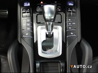 Prodám Porsche Cayenne 3,0 S Hybrid 8AT AWD Panorama