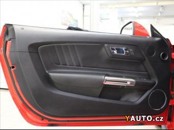 Prodám Ford Mustang 5,0 V8 GT ČR. 1. maj. 11000km
