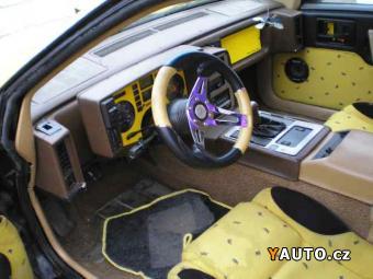 Prodám Pontiac 2,5 Fiero 2.5 73 kW