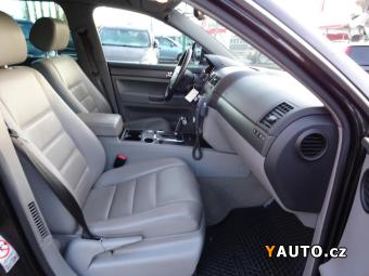 Prodám Volkswagen Touareg 2.5TDI R5 Automat Kůže servisk