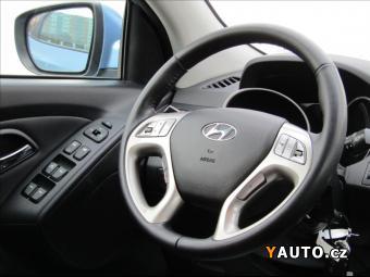 Prodám Hyundai ix35 2,0 CRDi Trikolor Plus, 4x4, ČR