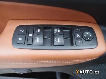 Prodám Jeep Grand Cherokee 3.0CRD ČR 1MAJ SERV. KN.