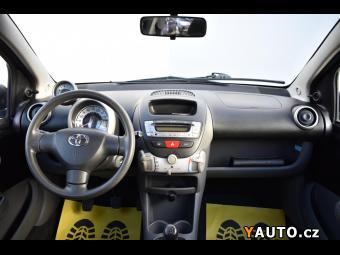 Prodám Toyota Aygo 1.0i 50kW ČR SERVISNÍ KNIHA