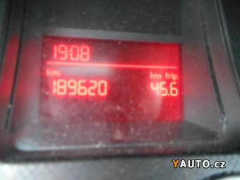 Prodám Volkswagen Passat 1.9 TDi 77kW Klima 4dv