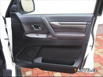 Prodám Mitsubishi Pajero 3,2 DI-D 200PS LWB Intense