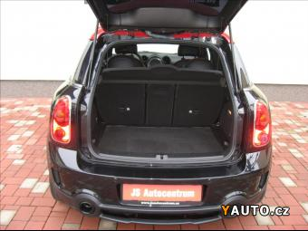 Prodám Mini Countryman 1,6 218PS John Cooper Works A