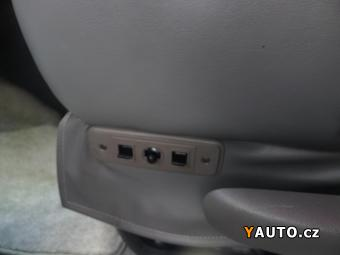 Prodám Chevrolet Express Starcraft 5,3V8 7míst, postel+m