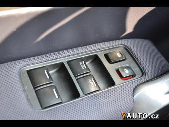 Prodám Honda CR-V 2,2i-CTDi*4x4*1. Maj*Manuál*Tem