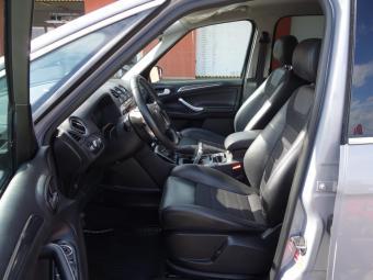 Prodám Ford S-MAX 2.0 TDCi Titanium Convers+