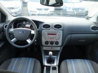 Prodám Ford Focus 1.6 16V Style Klimatizace