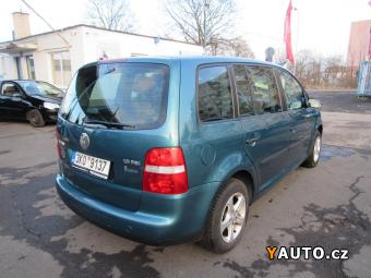 Prodám Volkswagen Touran 1,6 FSi 7míst