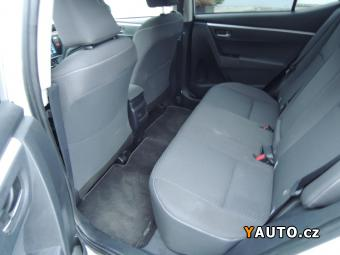 Prodám Toyota Corolla 1,6 i 97kW navigace nové CZ s