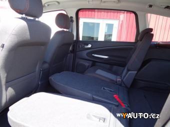 Prodám Ford S-MAX 2.0 TDCi CZ NAVI, VYHŘÍVANÁ SE