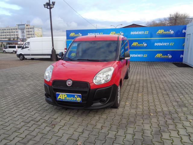 Prodám Fiat Dobló cargo L2H1 5MÍST 1,6JTD KLIMA SERVIS