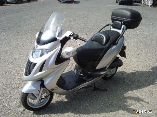 prod m kymco grand dink 50 s prodej ostatn motorky. Black Bedroom Furniture Sets. Home Design Ideas