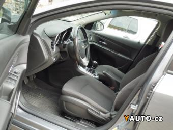 Prodám Chevrolet Cruze 1,6i 16V, LPG, CZ servis CHEVROL