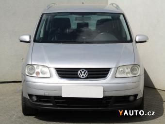 Prodám Volkswagen Touran 2.0TDi, Serv. kniha, ČR