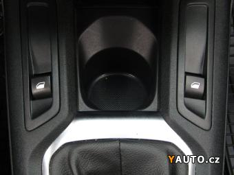 Prodám Citroën C-Elysée 1.6 VTI, 1. maj, Serv. kniha, ČR