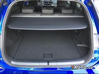 Prodám Lexus CT 200h 1,8 CT 200H F SPORT SUNROOF