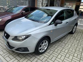Prodám Seat Ibiza 1,2i 1. maj, serviska, 77tis km